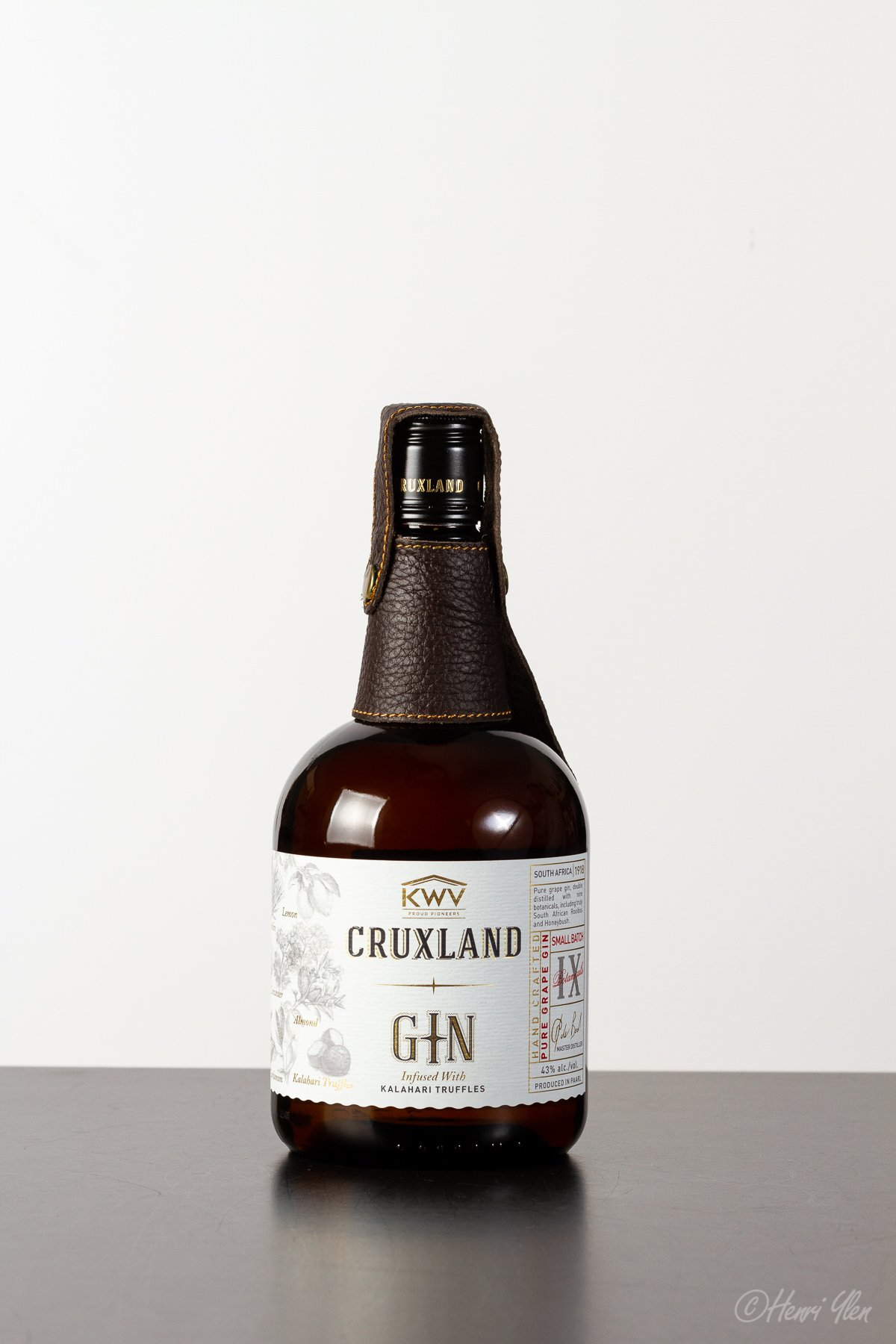 Gin Cruxland
